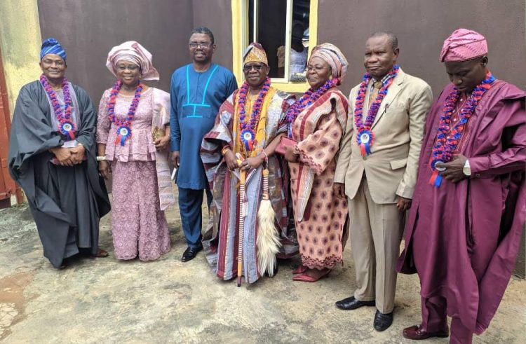 Divine Favour Ministries Honours Profs Akinfeleye, Akinboye, HRH Ogunleye , Others