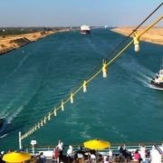 Again ,Two Vessels Run Aground in Suez Canal